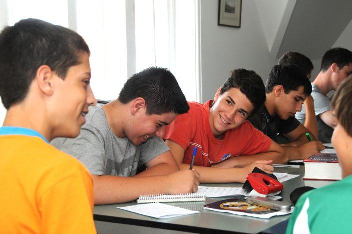 NWL - Des classes traditionnelles aux paliers d'apprentissage et groupes de niveau